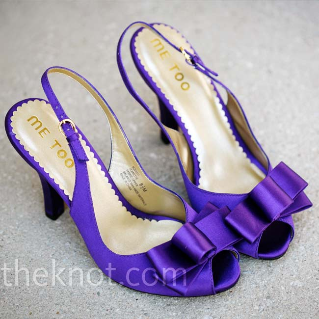 It was only fitting that Abigail show off a pair of purple sling-back, peep-toe shoes under her ball gown.