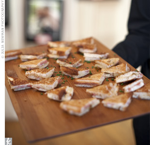 During the cocktail hour, guests tried eco-friendly eats, like organic mini grilled cheese sandwiches with pickled onions and fig marmalade.