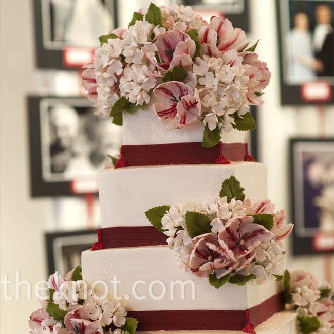 Since florists discouraged Marni from carrying hydrangeas in her bouquet (they wilt quickly when out of water), she had sugar versions on her cake.