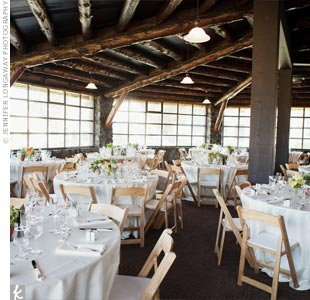 The couple chose The Log Cabin in the Presidio for its unique, rustic atmosphere. (It's a real log cabin!) They had a daytime wedding, and the space had great windows, so they didn't have to bring in any extra lighting.