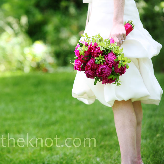 Andrea carried a bright pink bouquet of her favorite flower -- peonies.