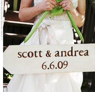 Andrea and Scott love the summer camp feel of Chautauqua. They used a green, white, and brown color scheme to match the earthy surroundings. Pops of pink and images of tandem bicycles reflected their fun personalities.