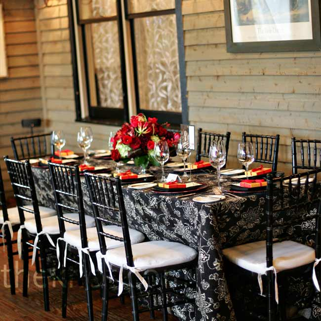 A mix of round and rectangular tables and black chiavari chairs with white cushions were brought in for the party. Alison had a hard time finding the perfect black and white linens from a local vendor so she had them shipped in from La Tavola in the Napa Valley.