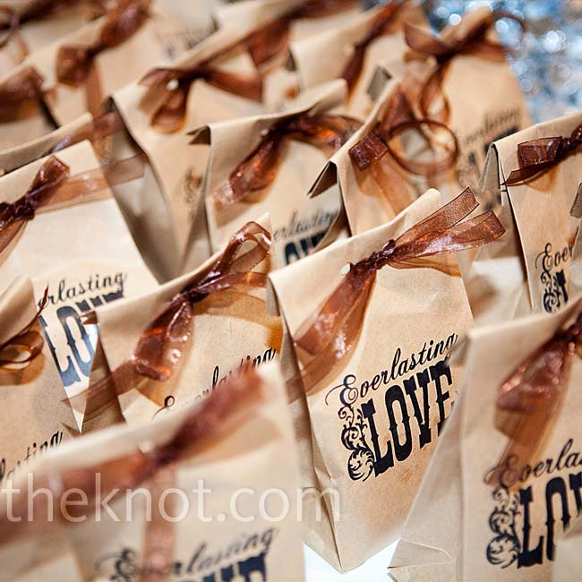 """Jennifer's grandmother made chocolate chip cookies for the favors. They were given to guests in recycled craft paper bags, which Jennifer stamped with the words """"everlasting love."""""""