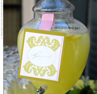 A lemonade stand with regular and pink lemonade was set up at the end of dance floor so that guests didn't need to stray too far from the action to get a drink.
