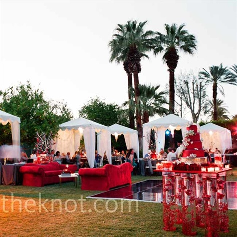 Outdoor Modern Reception