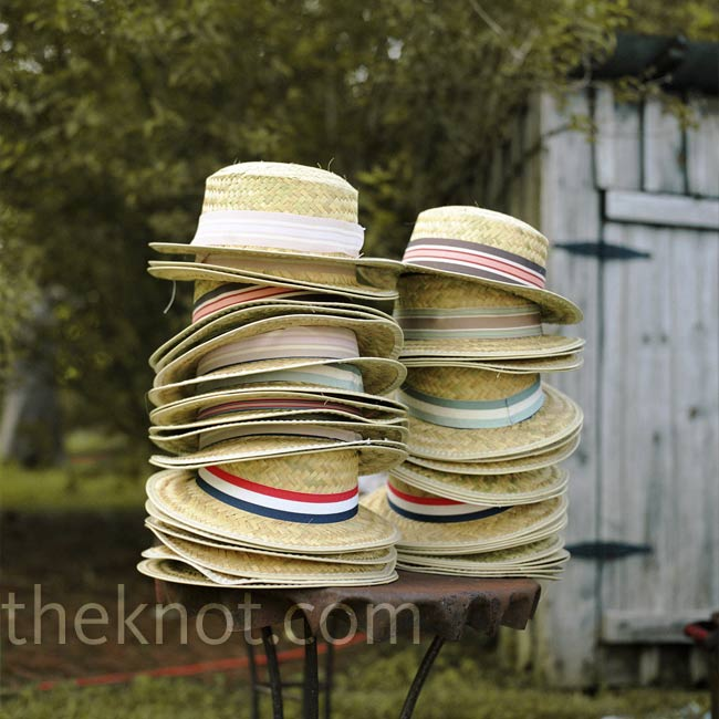 Ginny and Ed supplied a stack of vintage boater hats for guests to wear in the photo station.