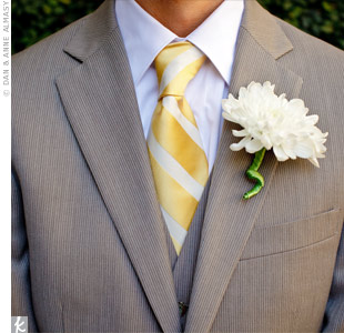 Will wore a single white dahlia on his lapel, capturing the vintage feel of the day.