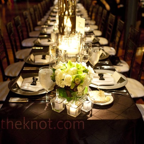 Simple Reception Decor