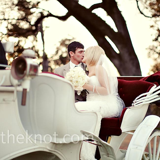 At the end of the evening, Annah and Travis rode away as a newlywed couple in the inn's horse-drawn carriage. The carriage took them on a tour of downtown Natchez before dropping them off at their hotel for the evening.