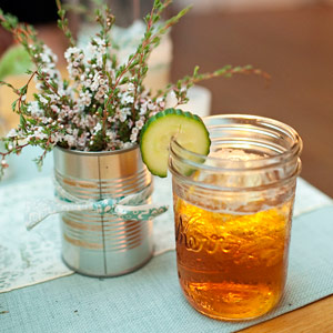 The four signature drinks were served in mason jars. The charming containers appeared in centerpieces and in other decorative elements throughout the day, as well.