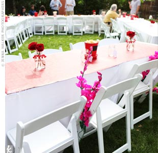 To keep the conversation flowing, the couple arranged the reception tables in a giant U shape. We wanted our guests to sit together, so we had free seating, says Ria.
