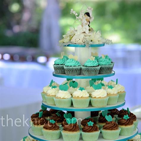 Turquoise Wedding Cupcakes