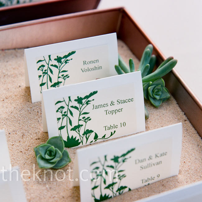 Chelle bought a template on Etsy to make these escort cards and it became a fun DIY project for the couple to do together.