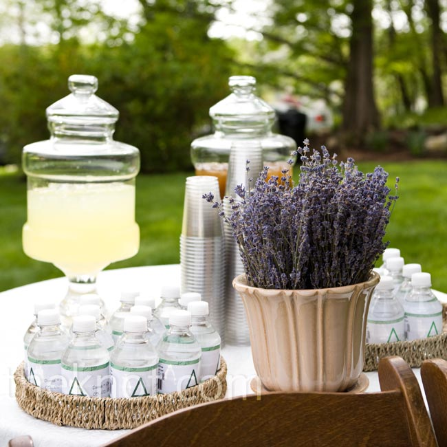 Iced tea, lemonade, and water kept guests cool before the ceremony began. During the cocktail hour, the couple served mint juleps (they wed on Kentucky Derby Day).