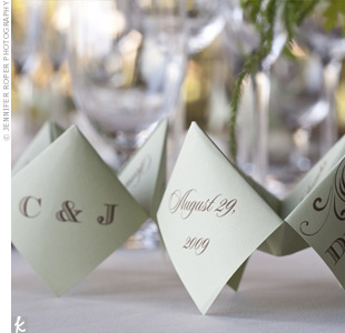 For a little blast from the past, each place setting had a cootie catcher (a.k.a. a paper fortune teller) menu. Chandra and her maid of honor made them!