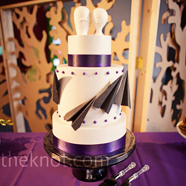 Megan and Craig's baker went all out -- from the paper airplanes to the Jonathan Adler toppers and the top PB&J cake tier!