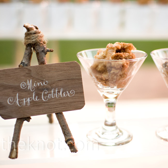 Morgan and Brett love sweets, so they opted for a dessert-only reception including mini apple cobblers and mini churros.