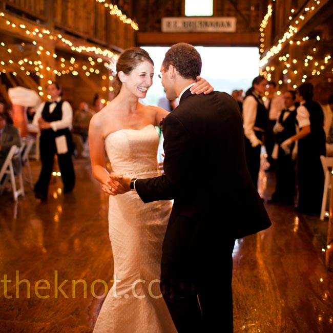 "After the toasts, Karen and Robbie took the stage. They chose ""As"" by Stevie Wonder for their first dance."