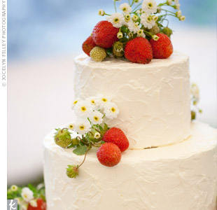 Garden-themed Wedding Cake