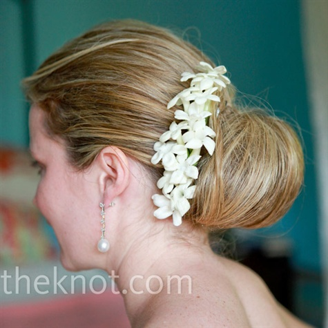 Beach-styled Wedding Bun