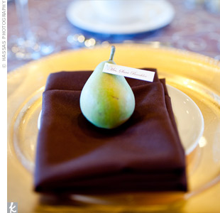 Pear Place Settings