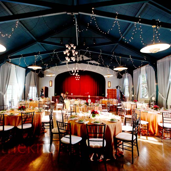 The ballroom came decked out with twinkling lights and chandeliers, needing little extra decor.