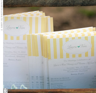 The bride and groom saved time and money by purchasing a ceremony program PDF with their names and wedding colors, designed by an Etsy artist. They cut the programs out themselves at home.