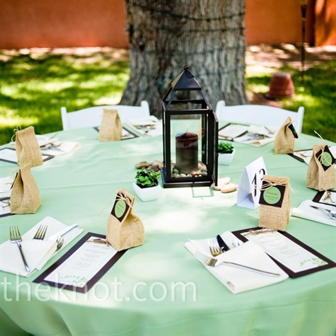 Casual Green Reception Decor