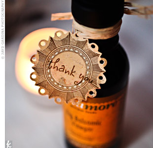 Self-proclaimed foodies, the couple gave small bottles of gourmet oils and flavored vinegars to each guest.