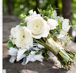 Wedding dress style white fall wedding flowers white fall wedding flowers mightylinksfo