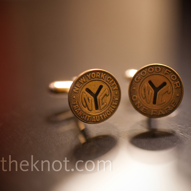 Shana surprised Jonathan with vintage subway token cufflinks the morning of the wedding.