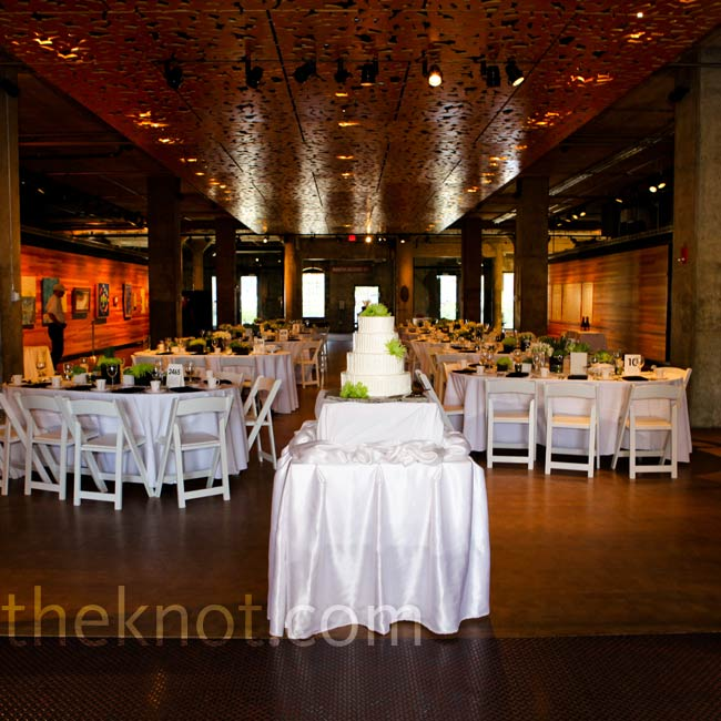 The couple loved the space inside the Mill City Museum, so they kept the decor to a minimum using white linens, simple place settings and pops of chartreuse and black.
