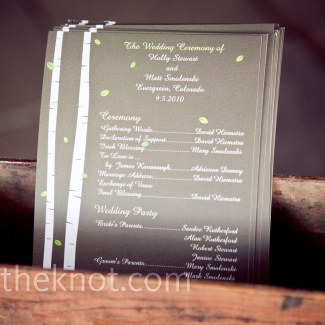 The simple, one-page programs were printed with the same Aspen tree design that the couple used on their invitations.