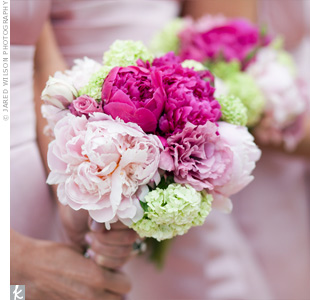 The bridesmaids bouquets were made up of peonies in bright shades of pink while hydrangeas added a bit of green.