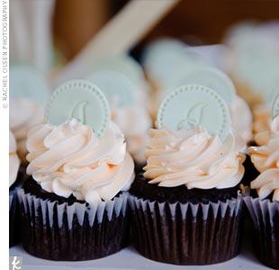 Monogrammed Wedding Cupcakes