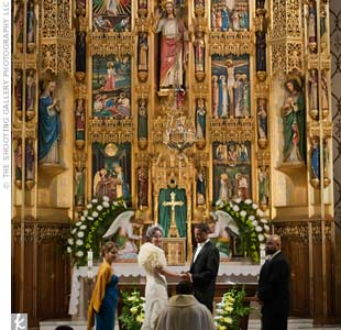 Jennifer and Emmanuel got married in a traditional Catholic ceremony.