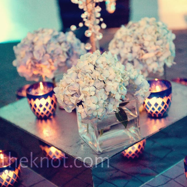 Naturally blue hydrangeas kept the table arrangements in line with the color palette.