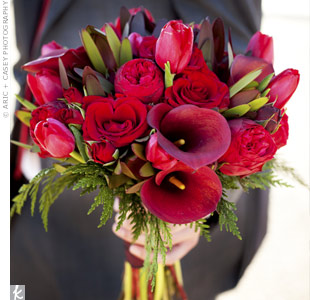 Lilies, roses and tulips made up Jesalyn's scarlet bouquet.