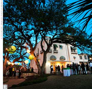 Joe felt strongly about having outdoor nuptials, so Laguna Gloria became the obvious venue choice.