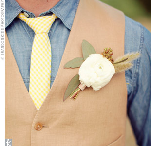 White Wedding Boutonniere