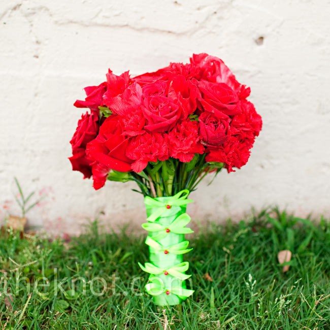 This monochromatic bouquet included blooms like roses, anemones and ranunculus.