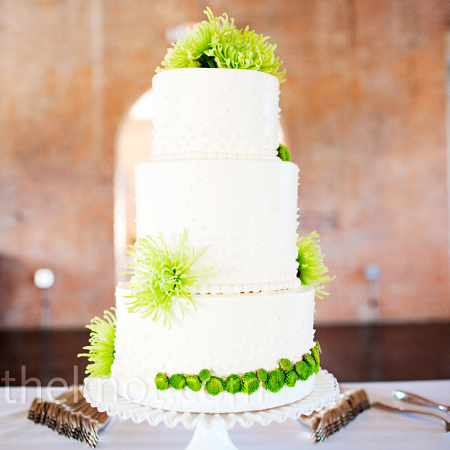 A few bright-green mums and button mums completed this textured confection.