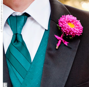 Pink Daisy Boutonniere
