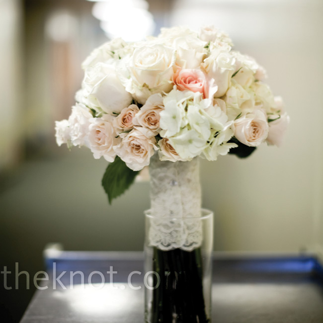 For A Romantic Look Johanna S Blush And White Bouquet Was Wrapped