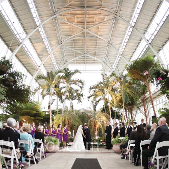 The Jewel Box was a perfect spot for the ceremony -- the couple added very little decor.