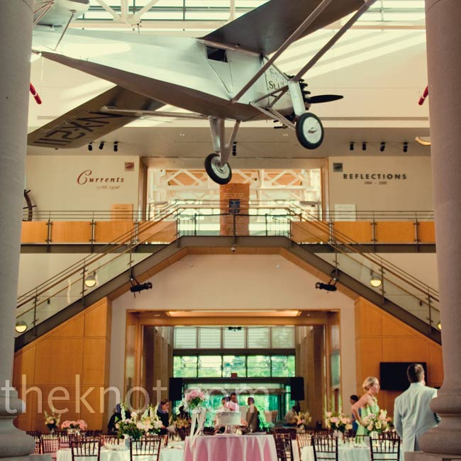 Dinner took place in the foyer of the history museum. All of the existing décor, including the old model airplane hanging from the ceiling, added to the day's vintage vibe.