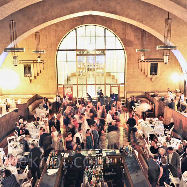 The Fred Harvey Room at Union Station was the perfect size for the couple's 166 guests. Plus, how cool is that booth seating?
