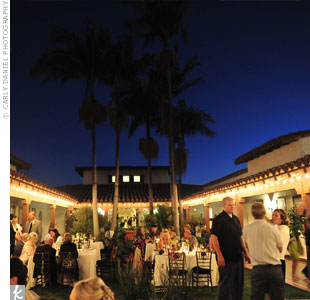Kira and Colin chose Casa Romantica for its Spanish-style charm and outdoor courtyard, perfect for a laid-back, summer wedding.