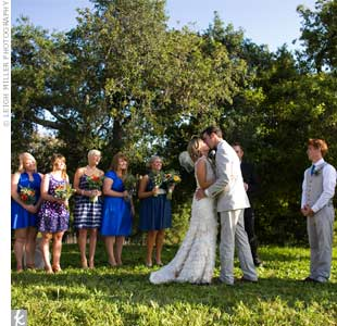 For optimal natural lighting, the ceremony took place about an hour and a half before sunset. The couple stood beneath an oak tree, with a gorgeous view of the valley behind the ranch.